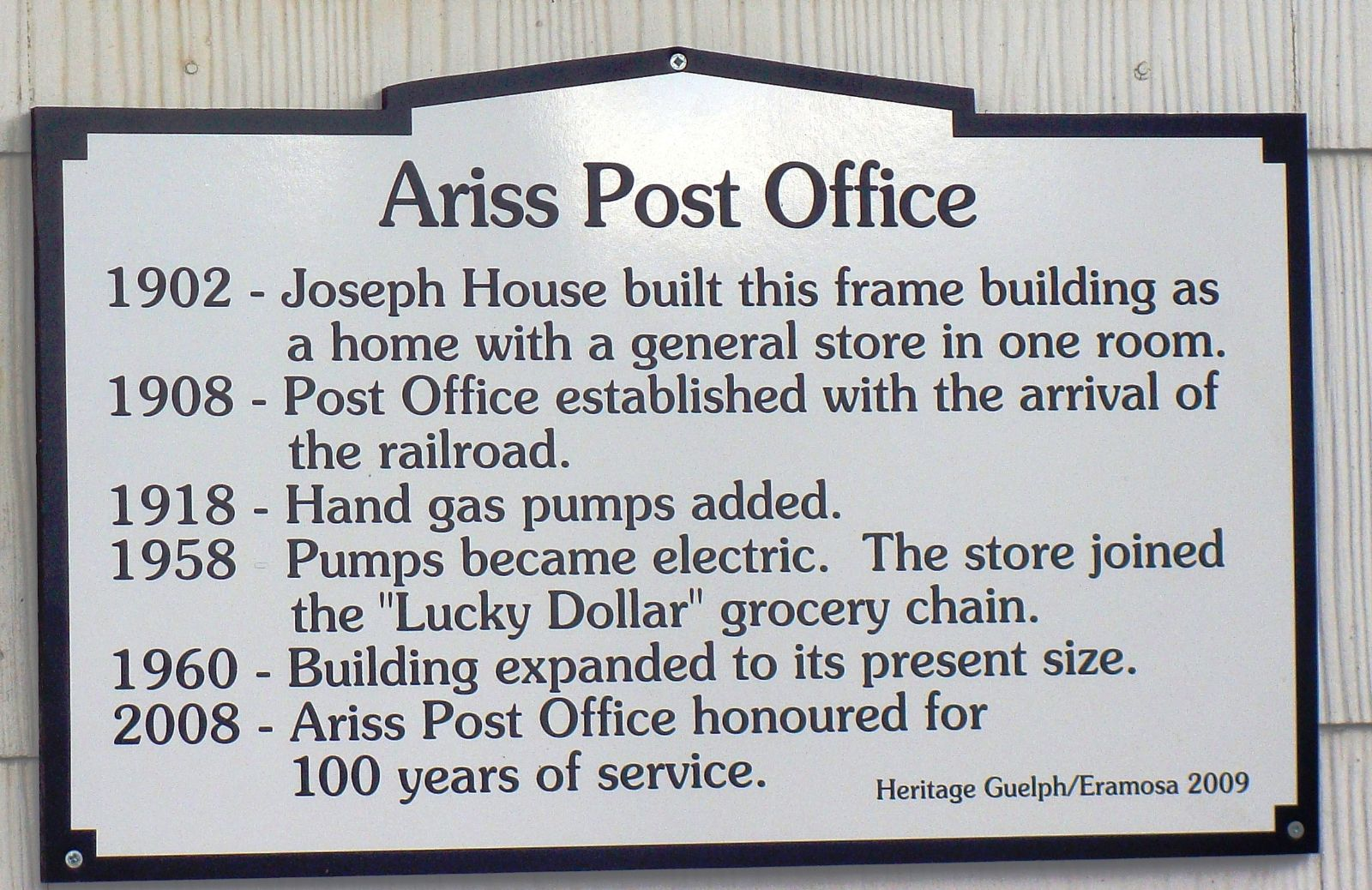 Photo of a Heritage Pride Plaque for the Ariss Post Office